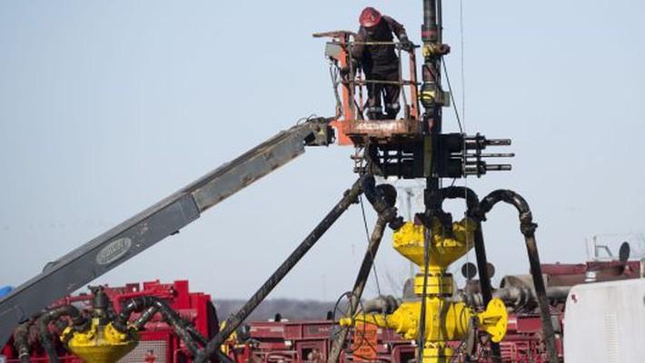 Việc giá dầu tăng mạnh trước tháng 10 đã khuyến khích các công ty khai thác dầu Mỹ tăng sản lượng - Ảnh: Getty/CNBC.