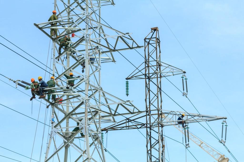 2 gói thầu do Tổng công ty Truyền tải điện quốc gia (EVNNPT) làm chủ đầu tư, sử dụng nguồn vốn của EVNNPT. Ảnh: Thế Anh