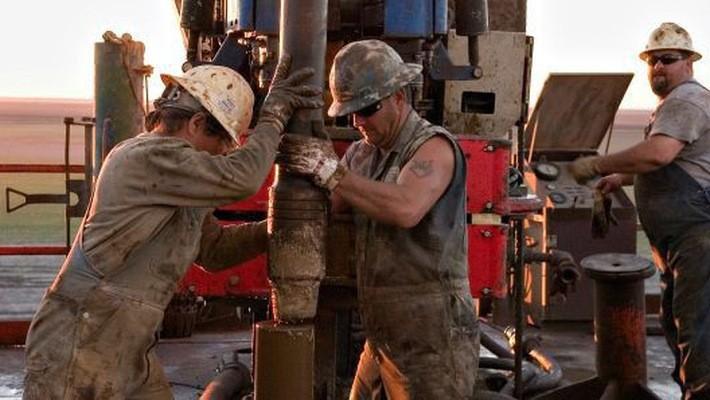 Sản lượng khai thác dầu của Mỹ đang ở mức kỷ lục - Ảnh: Bloomberg/Getty.