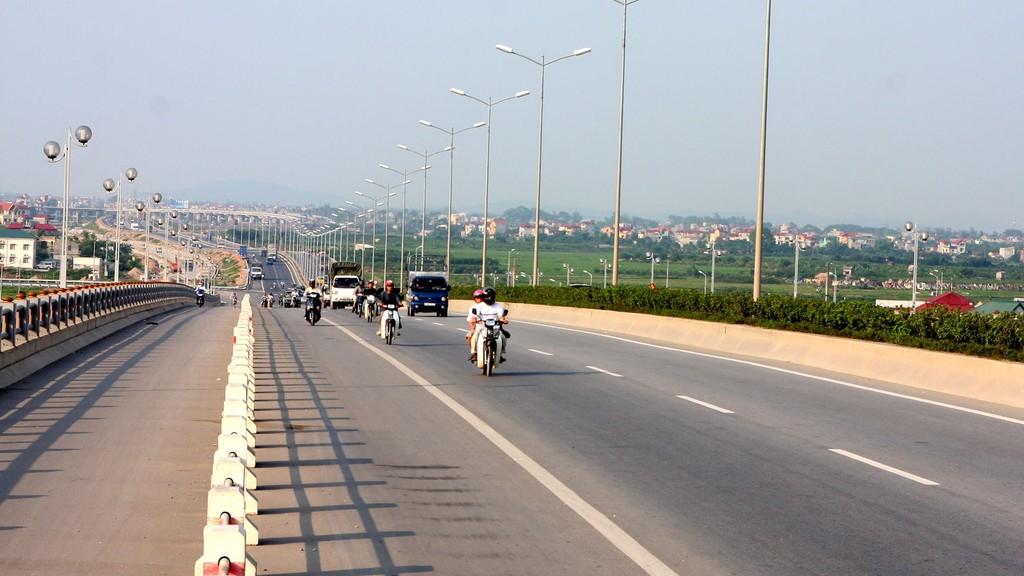 Tổng số dự án PPP trong lĩnh vực giao thông đã ký kết hợp đồng là 207 dự án, với số vốn huy động là 395.691 tỷ đồng. Ảnh: Lê Tiên