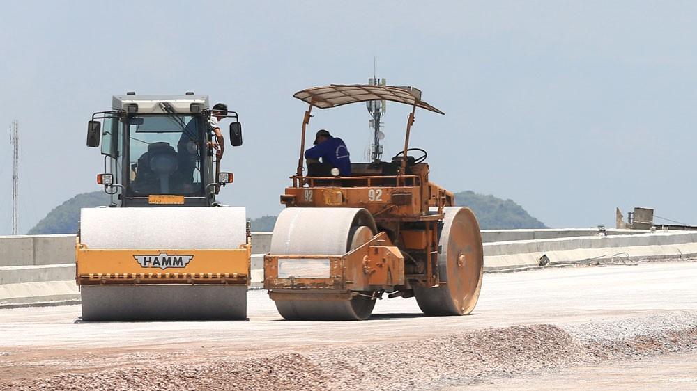 Công ty CP Vật tư thiết bị và Xây dựng công trình 624 từng trúng một số gói thầu thi công xây dựng đường, cầu… có giá trị hàng chục tỷ đồng. Ảnh: Tiên Giang