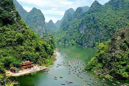Xuân Trường lại đề xuất xây dựng một Khu du lịch tâm linh mới tại Chuà Hương (Ảnh minh họa)