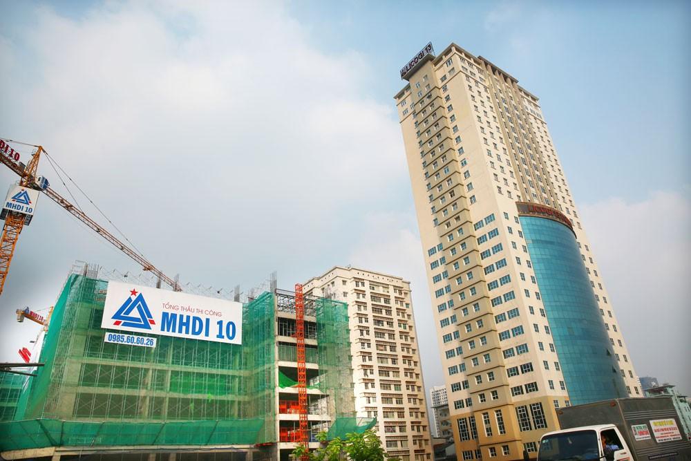 Đến nay, nhiều hàng hóa của Việt Nam với chất lượng tốt đã thay thế hàng ngoại nhập trong các dự án, công trình. Ảnh: Gia Khoa