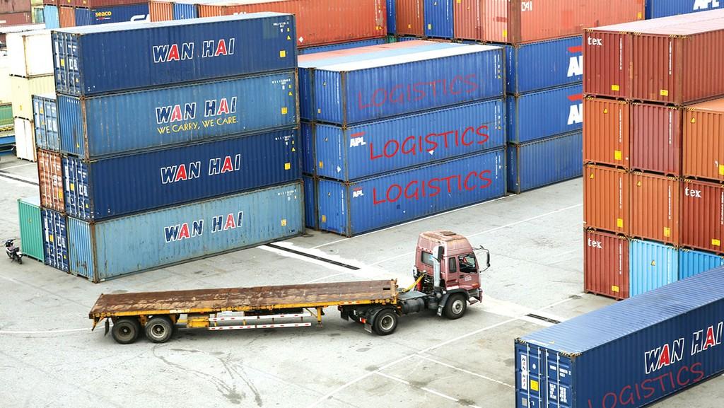 Phát triển các trung tâm logistics sẽ góp phần quan trọng giúp doanh nghiệp tăng sức cạnh tranh. Ảnh: Lê Tiên