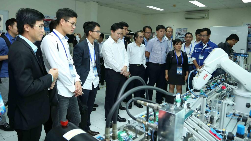 Trung tâm Đổi mới sáng tạo quốc gia được đề xuất đặt tại Đồng bằng sông Hồng (Khu công nghệ cao Hòa Lạc). Ảnh: Trương Gia
