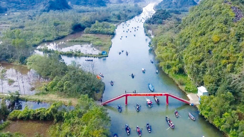 Khu du lịch tâm linh Hương Sơn được đề xuất đầu tư sẽ nằm giữa chùa Tam Chúc thuộc tỉnh Hà Nam và chùa Hương. Ảnh: Quý Lê