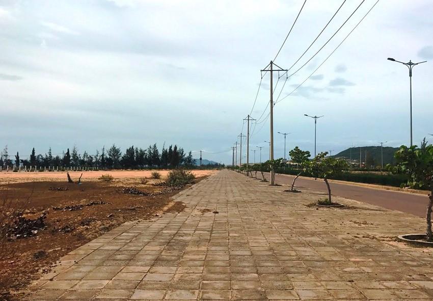 3 năm trở lại đây, Công ty TNHH Hùng Phát được công khai trúng trên 50 gói thầu, hơn 90% trong số đó trúng tại tỉnh Bình Định. Ảnh: Thế Phong