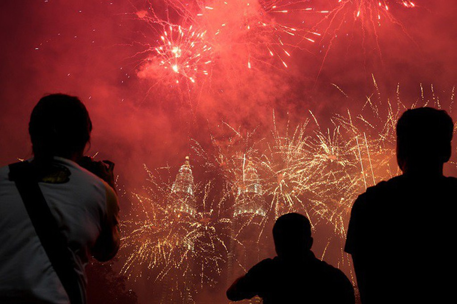 Hình ảnh đón năm mới trên khắp thế giới - ảnh 8