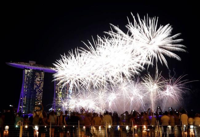 Hình ảnh đón năm mới trên khắp thế giới - ảnh 13