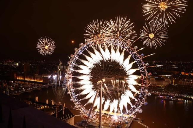 Hình ảnh đón năm mới trên khắp thế giới - ảnh 18