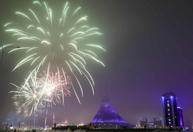 Hình ảnh đón năm mới trên khắp thế giới - ảnh 21