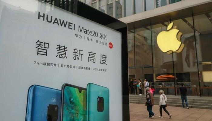 Huawei đang là một đối thủ lớn của Apple trên thị trường điện thoại thông minh (smartphone) - Ảnh: Getty/CNBC.