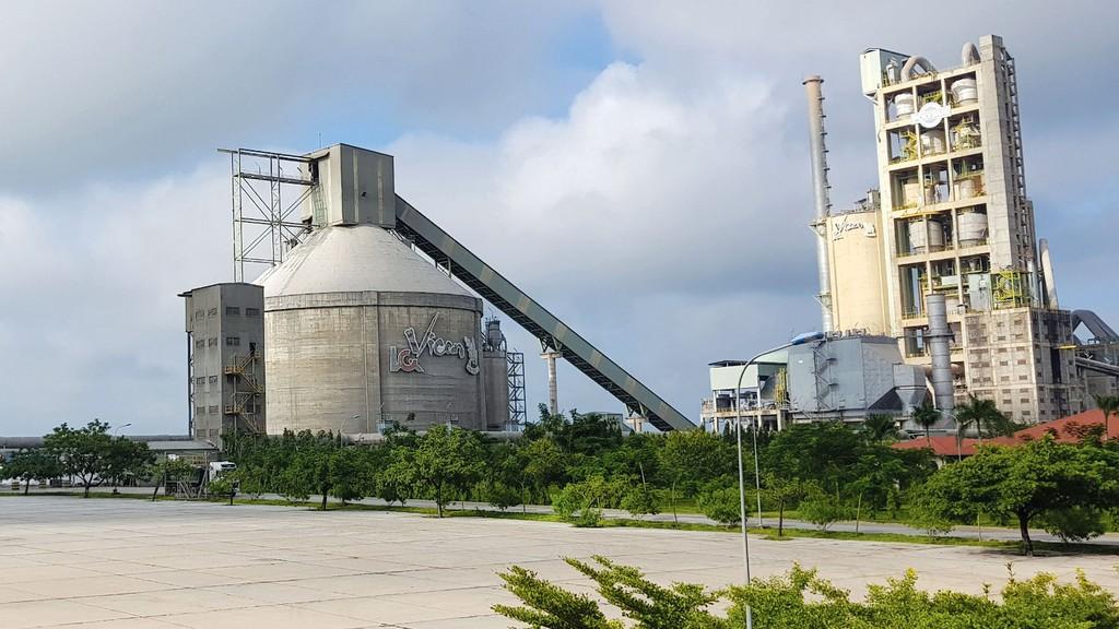 Vicem tiêu thụ 29,2 triệu tấn xi măng và clinker trong năm 2018, vượt 4,3% kế hoạch và tăng trưởng gần 10% so với năm 2017. Ảnh: Hà Thanh