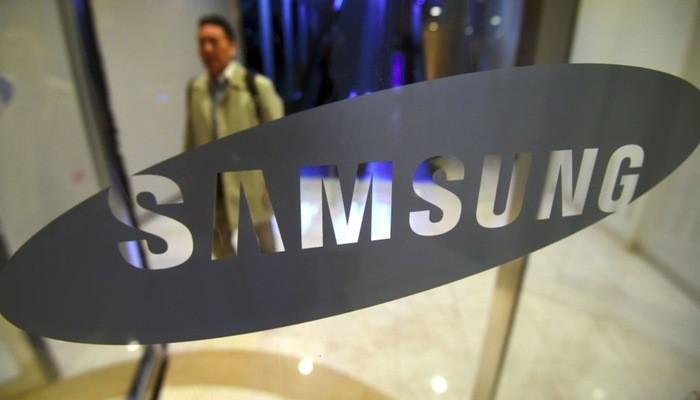 Theo dữ liệu từ hãng nghiên cứu thị trường công nghệ IDC, trong quý 3/2018, doanh số Samsung trên thị trường smartphone toàn cầu giảm hơn 13% so với cùng kỳ năm trước - Ảnh: Reuters.
