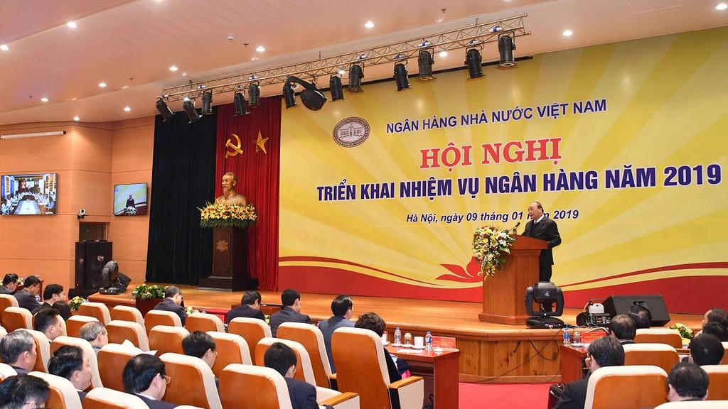 Thủ tướng Chính phủ Nguyễn Xuân Phúc phát biểu tại Hội nghị triển khai nhiệm vụ ngân hàng năm 2019. Ảnh: Hiếu Nguyễn