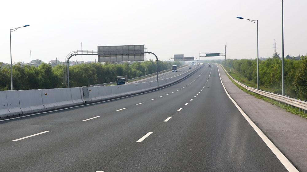 6 dự án PPP thành phần của cao tốc Bắc - Nam phía Đông vẫn vướng trong khâu lựa chọn đơn vị tư vấn hỗ trợ kỹ thuật. Ảnh: Tiên Giang