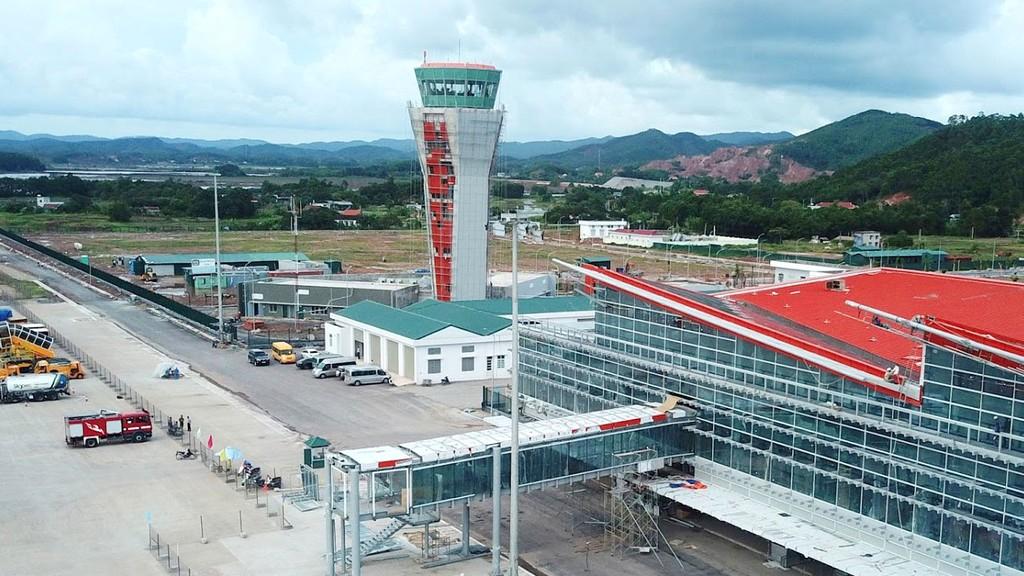 Doanh nghiệp tư nhân đã tham gia xây dựng kết cấu hạ tầng quan trọng của đất nước là Cảng hàng không quốc tế Vân Đồn. Ảnh: Đức Phạm