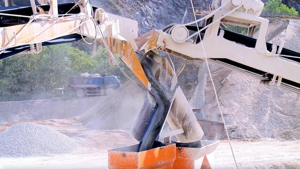 Sản phẩm cát nghiền được sản xuất tại Thanh Hóa đạt yêu cầu cho sản xuất bê tông, vữa trát, giá cả tương đối cạnh tranh