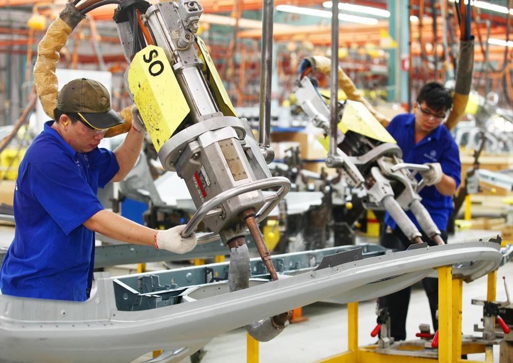Cần chuyển dịch cơ cấu lao động sang những ngành nghề có năng suất lao động cao, tạo ra những sản phẩm hàng hoá dịch vụ có giá trị gia tăng lớn. Ảnh: Minh Khuê