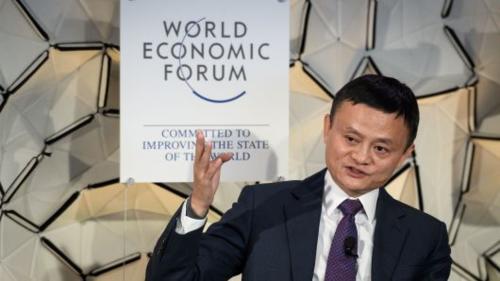 Jack Ma trong cuộc đối thoại tại WEF hôm qua. Ảnh:AFP