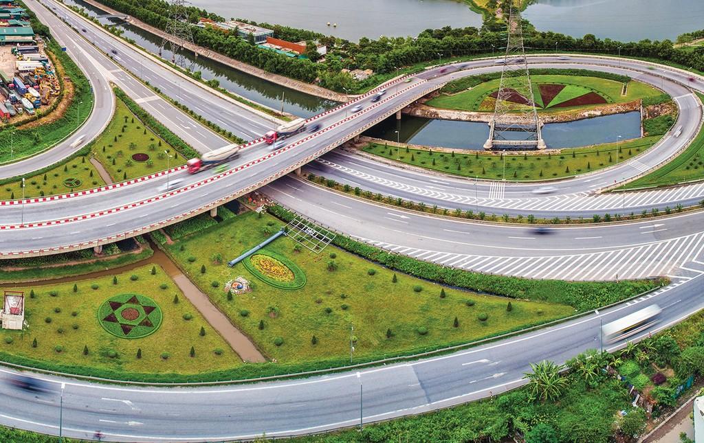 Các nhà thầu Việt Nam, trong đó có nhà thầu tư vấn, cần tranh thủ quãng thời gian chuẩn bị theo lộ trình quy định tại CPTPP để nâng cao trình độ, năng lực. Ảnh: Vũ Long