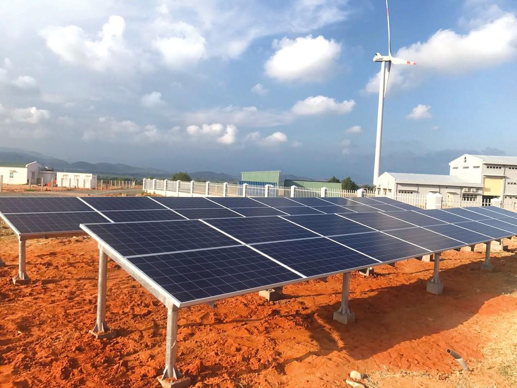 Các dự án điện mặt trời có công suất nhỏ hơn hoặc bằng 50 MWp sẽ được bổ sung vào Quy hoạch phát triển điện lực. Ảnh: Bùi Văn Thịnh