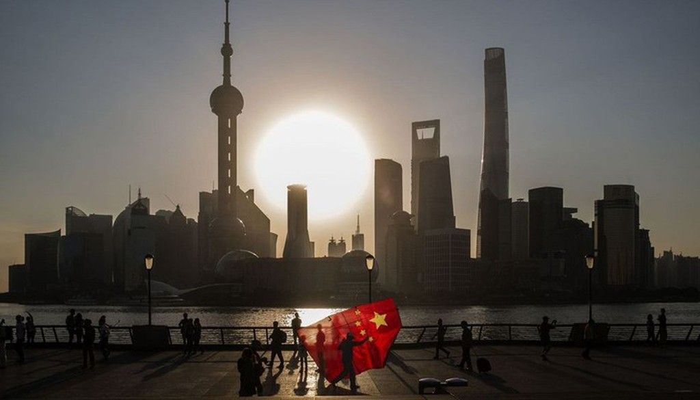 Trung Quốc đang chật vật xoay sở với sự giảm tốc kinh tế và chiến tranh thương mại với Mỹ - Ảnh: Bloomberg.