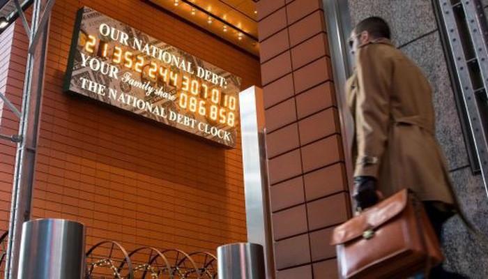 Đồng hồ nợ công của Mỹ ở New York hôm 11/1/2019 - Ảnh: Bloomberg/CNBC.