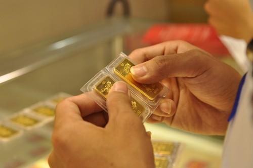 Giá vàng miếng trong nước sáng nay giảm nhẹ.
