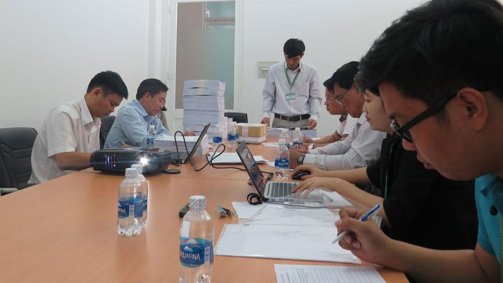 Gói thầu số 27 thuộc Dự án Nâng cấp hệ thống thủy lợi kênh Đông Củ Chi phải tổ chức đấu thầu lại sau khi giải quyết kiến nghị của nhà thầu