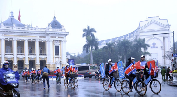 Chủ tịch Triều Tiên đến Việt Nam trên đoàn tàu bọc thép - ảnh 15