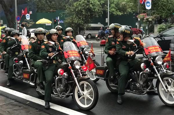Chủ tịch Triều Tiên đến Việt Nam trên đoàn tàu bọc thép - ảnh 18