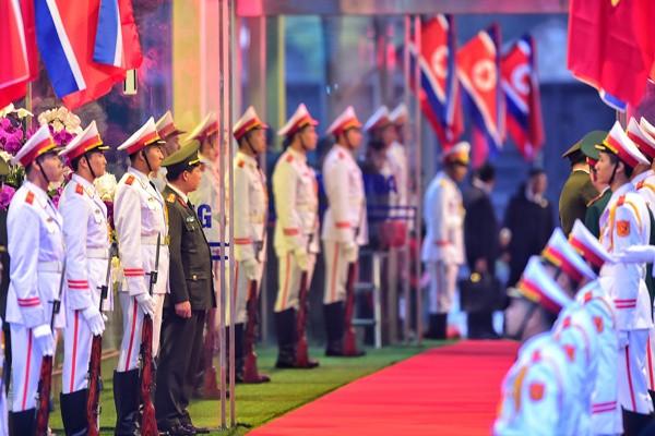 Chủ tịch Triều Tiên đến Việt Nam trên đoàn tàu bọc thép - ảnh 22