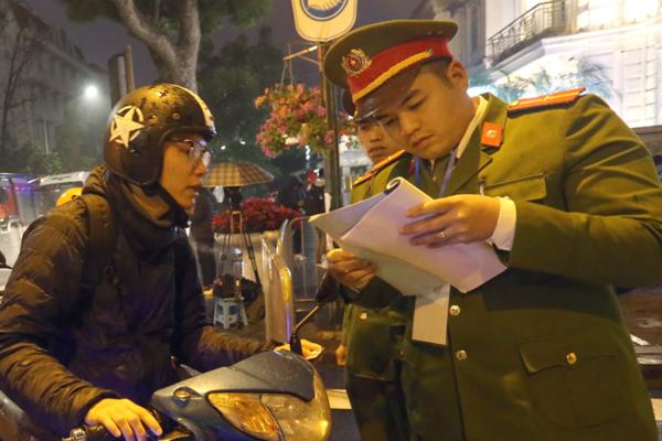 Chủ tịch Triều Tiên đến Việt Nam trên đoàn tàu bọc thép - ảnh 27