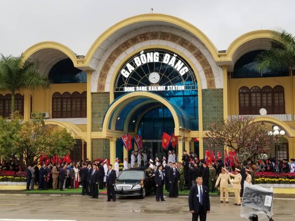 Chủ tịch Triều Tiên đến Việt Nam trên đoàn tàu bọc thép - ảnh 9