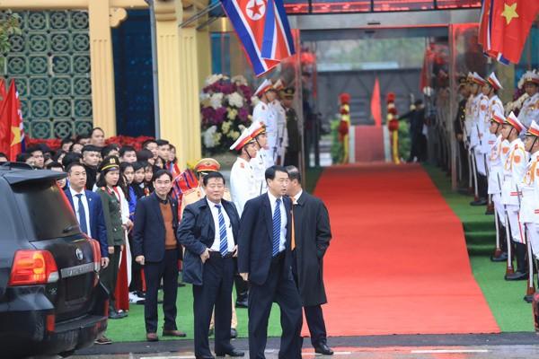 Chủ tịch Triều Tiên đến Việt Nam trên đoàn tàu bọc thép - ảnh 3
