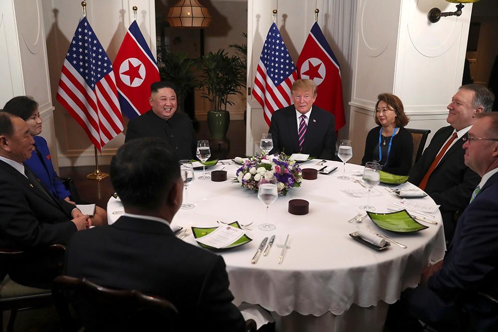 Những hình ảnh ấn tượng trong cuộc gặp của lãnh đạo Mỹ - Triều tại Hà Nội - ảnh 6