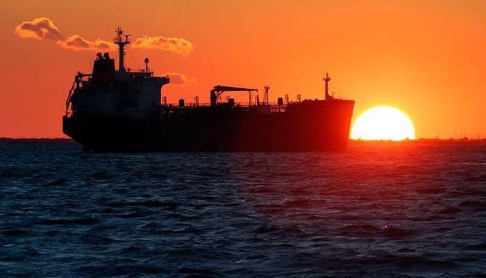 Ở thời điểm hiện tại, giá đầu đang được hỗ trợ nhiều bởi việc OPEC và đối tác gồm Nga thực thi một thỏa thuận cắt giảm sản lượng - Ảnh: Reuters/CNBC.