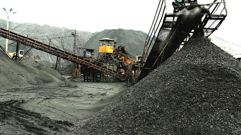 Gói thầu số 9b thuộc Dự án Đầu tư xây dựng Công trình Nhà máy sàng - tuyển than Khe Chàm. Ảnh: Đỗ Phương