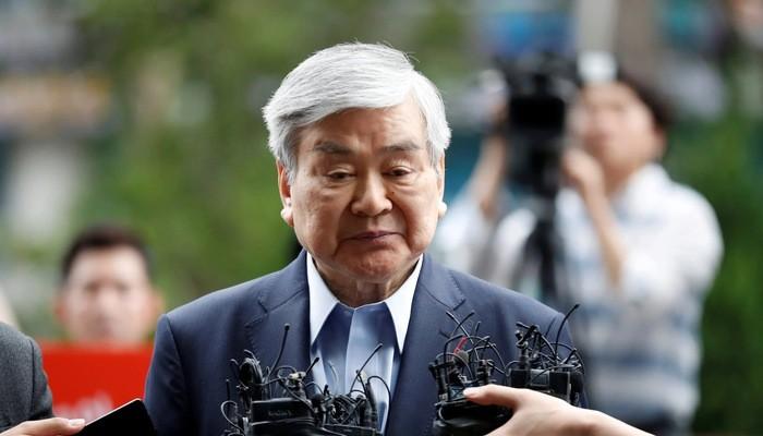 Chủ tịch Cho Yang-ho của Korean Air Lines xuất hiện tại tòa án năm 2018 vì các bê bối của gia đình - Ảnh: Reuters.