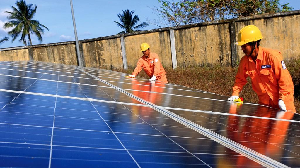 Thời gian gần đây, nhiều chủ đầu tư đã đăng ký phát triển các dự án điện mặt trời. Ảnh: Ngọc Hà