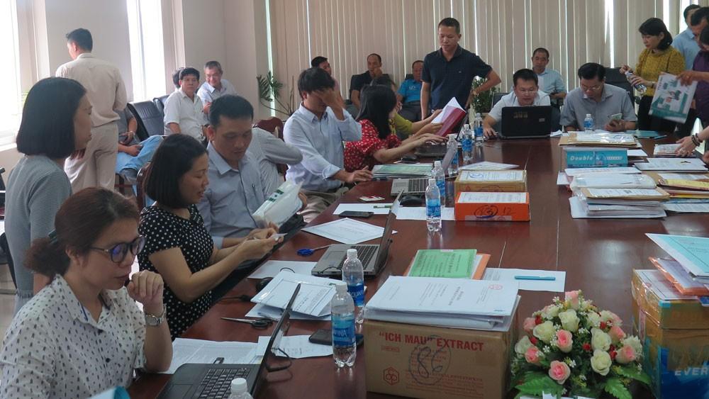 Dự án Mua thuốc, vắc xin năm 2019 - 2020 cho các cơ sở khám, chữa bệnh công lập trên địa bàn tỉnh Bà Rịa – Vũng Tàu có 5 gói thầu, với tổng giá gói thầu trên 854 tỷ đồng. Ảnh: Nguyễn Văn