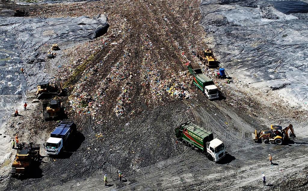 Cơ chế về đầu tư nhà máy xử lý rác hiện nay chưa hấp dẫn nhà đầu tư. Ảnh: Lê Quân