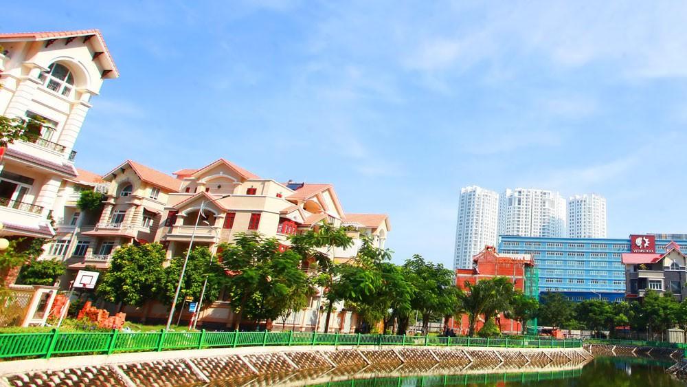Nhà phố và biệt thự xây sẵn: Nguồn cung ít, sức hút cao