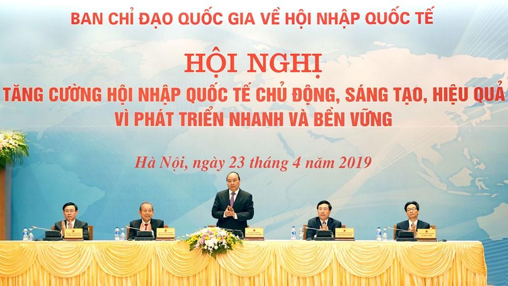 Thủ tướng Nguyễn Xuân Phúc nhấn mạnh, phải hội nhập quốc tế toàn diện và sâu rộng để phát huy tối đa nội lực, huy động và sử dụng hiệu quả ngoại lực. Ảnh: Hiếu Nguyễn
