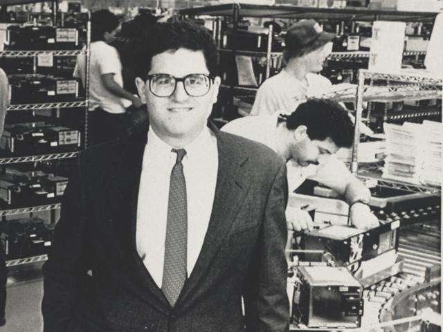 Các sếp lớn công nghệ thế giới khởi nghiệp từ năm bao nhiêu tuổi? - ảnh 2