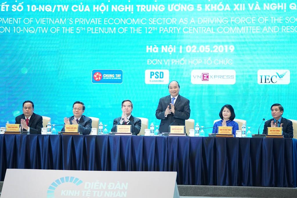 Thủ tướng Chính phủ Nguyễn Xuân Phúc tham dự và phát biểu chỉ đạo tại Diễn đàn Kinh tế tư nhân Việt Nam 2019. Ảnh: Hiếu Nguyễn
