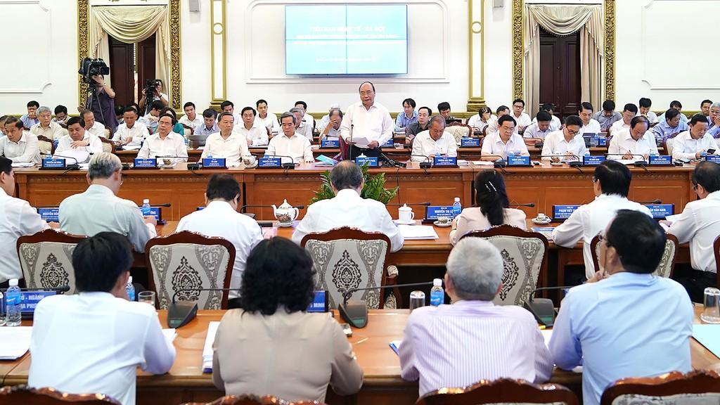 Thủ tướng cho biết, đã giao nhiệm vụ đối với 41 chuyên đề nghiên cứu cho các bộ, ngành, địa phương, cơ quan, viện nghiên cứu, trường đại học, trong đó có TP.HCM. Ảnh: Hiếu Nguyễn