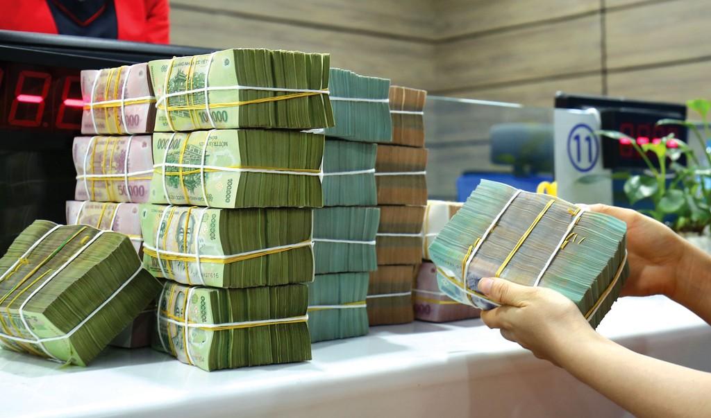 DN thiếu vốn trong khi nhà đầu tư nước ngoài khó đổ tiền vào cổ phiếu của DN niêm yết. Ảnh: Nhã Chi