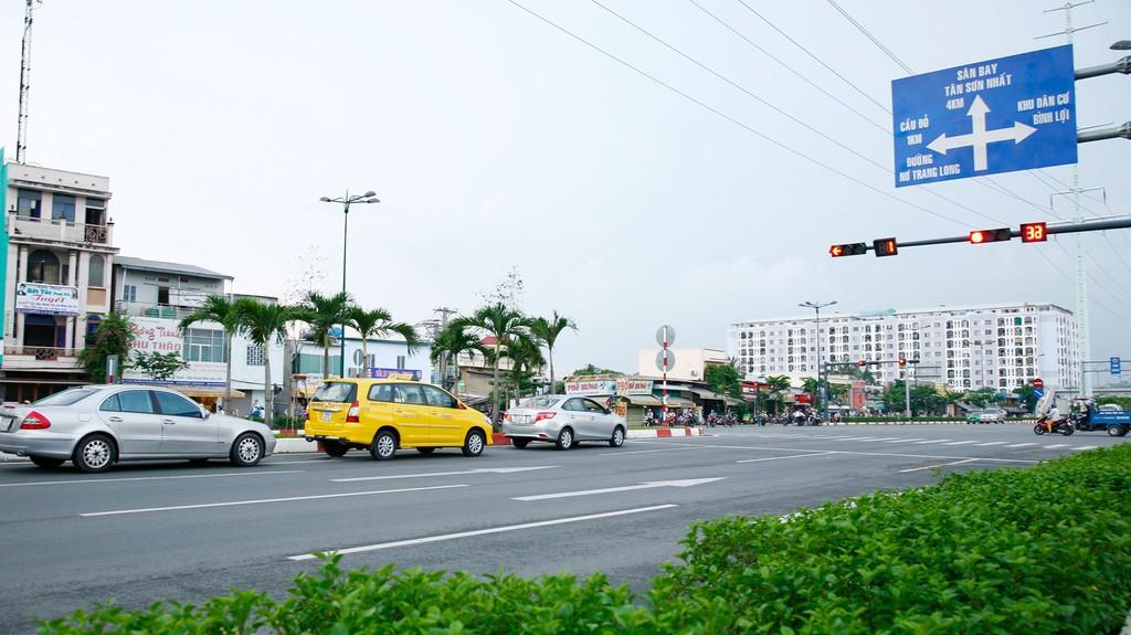 Từ đầu năm 2019 đến nay, Công ty CP Công trình giao thông Sài Gòn trúng 18 gói thầu, trong đó có nhiều gói thầu quản lý, bảo dưỡng thường xuyên các công trình đường bộ tại TP.HCM. Ảnh: Lê Tiên